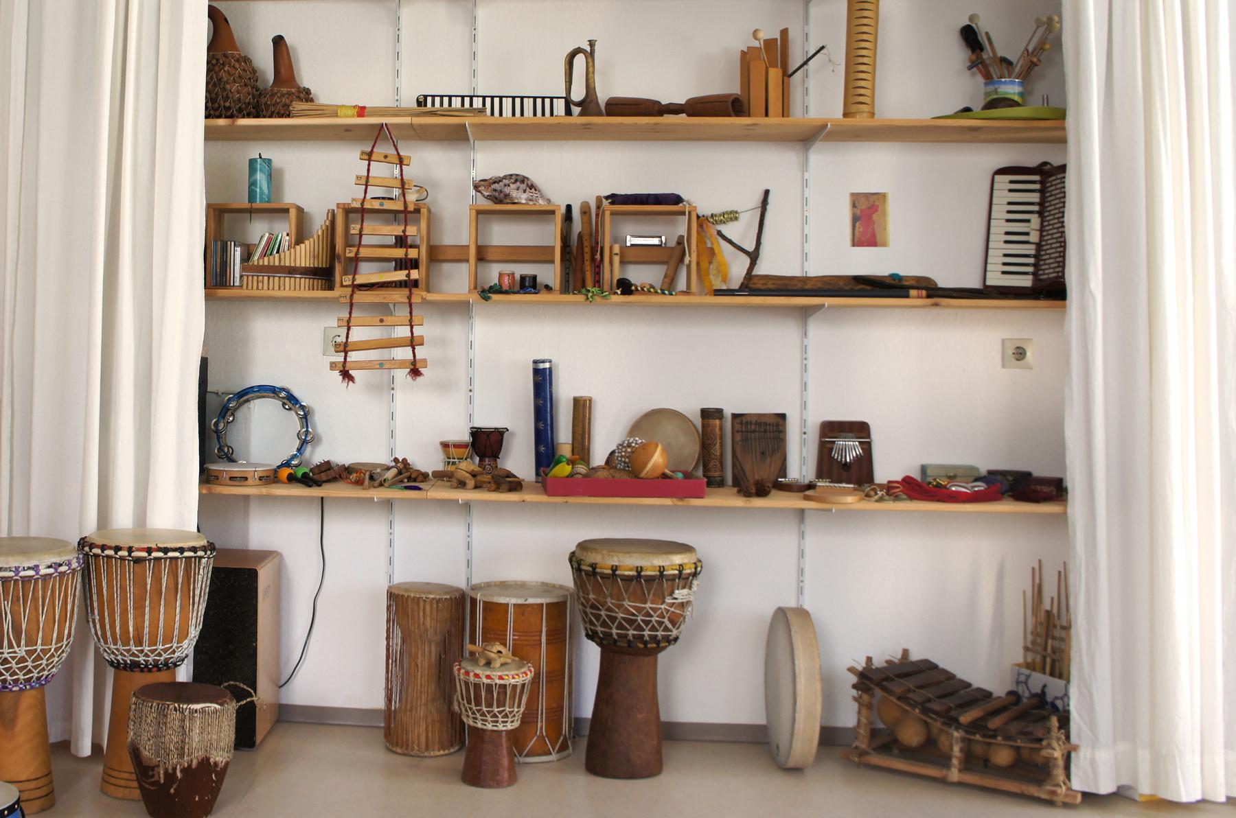 Freie Wahl der Instrumente für Musiktherapie